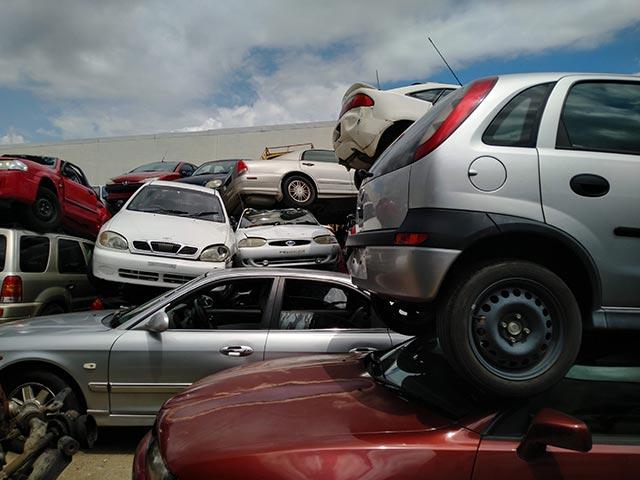 Old Scrap Vehicle Wrecking